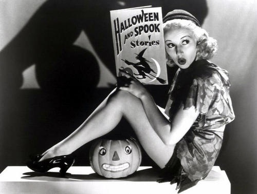 halloween write a comic a scary story blog de cristina  to let your imagination flow and write a scary story writing i can almost hear you complaining about having to write something well anything
